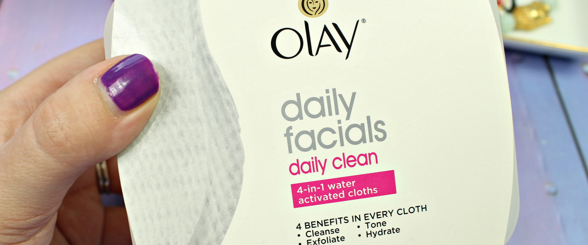 Best Cleansing Cloths for Busy Moms